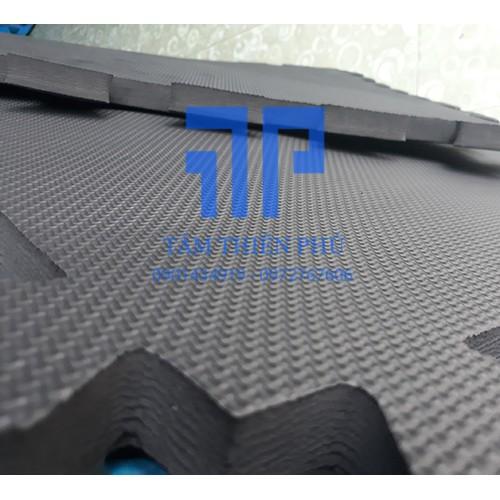 Thảm xốp lót sàn màu đen